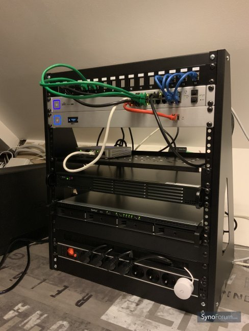 RS1819 in its rack